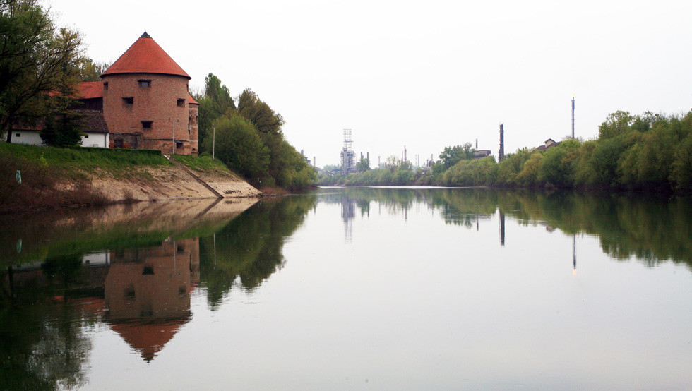 Sisak-staro-i-novo-Zeljko-Krcadinac